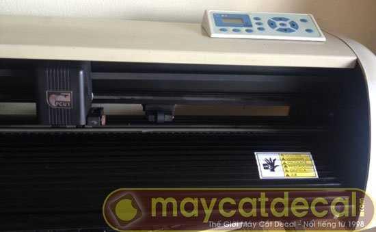 máy cắt decal cũ Pcut CTN630