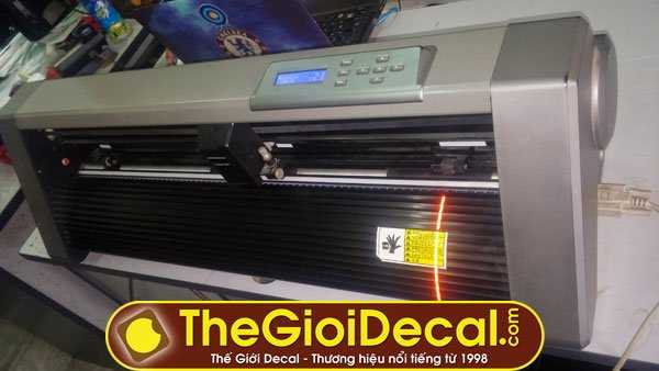 Bán máy cắt decal Kingcut HK cũ còn 98% giá 6 triệu đồng